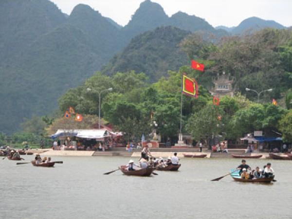 Hanoi - Perfume Pagoda