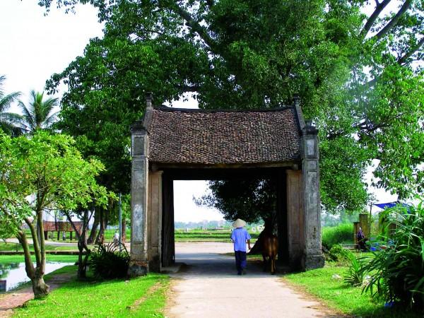 Hanoi - Duong Lam - Tay Phuong pagoda - Van Phuc Silk