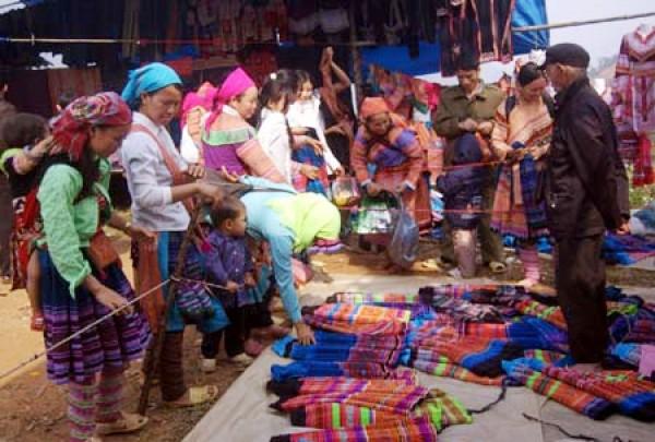 Sapa - Coc Ly Market 2 days 3 nights