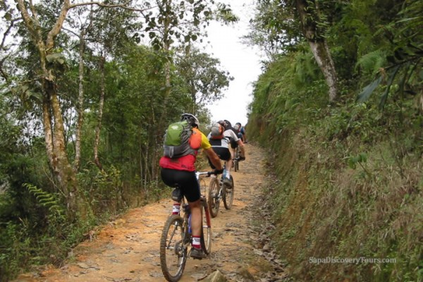 Biking Sapa tour 2 days 3 nights homestay