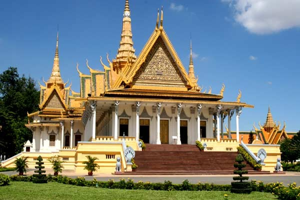 Phnom Penh - Siemreap 3 days 2 nights