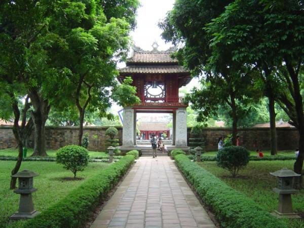 Vietnam short tour package - 10D9N