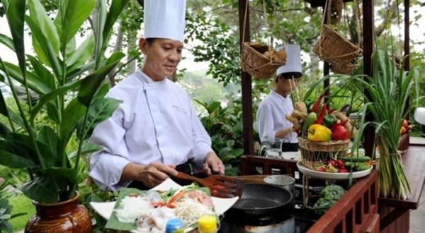Hoian Lantern making & cooking class tour by bicycle (2D1N)