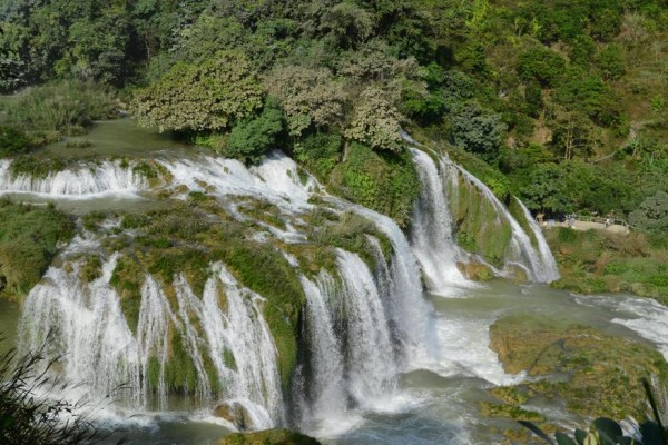 Ba Be Lake - Ban Gioc waterfall -  Pac Bo cave 3D2N